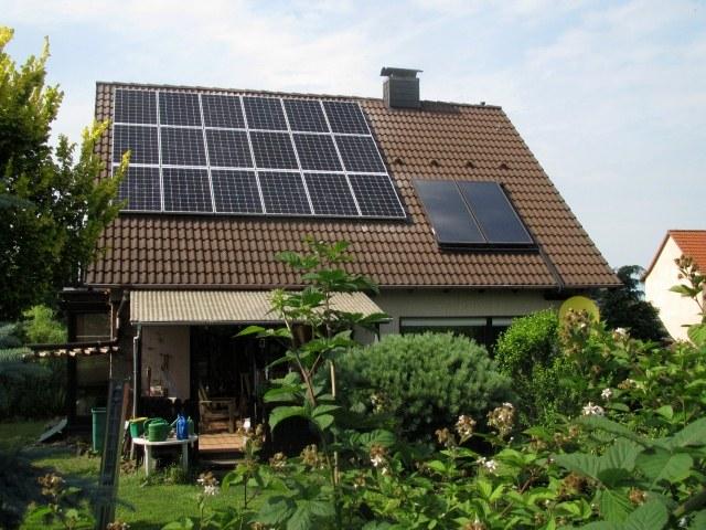 referenzen f r solaranlagen photovoltaik stromspeicher sonnenplaner. Black Bedroom Furniture Sets. Home Design Ideas